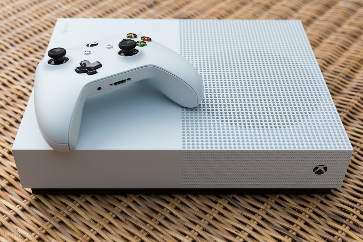 148296-games-review-xbox-one-s-all-digital-edition-product-shots-image1-xct4hs5njv